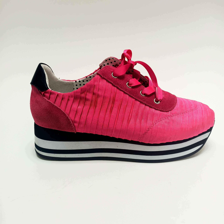 Victoress Pleat - Hot Pink - Minx